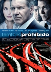 Crossing Over (Territorio Prohibido) poster